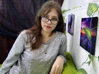 Lj show pussy KailaBEIN