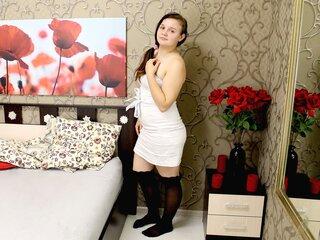 Pics show jasmin KiraTeasing